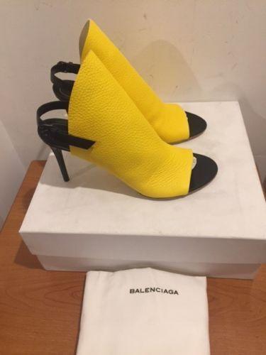 Cómodo y bien parecido Balenciaga Amarillo Con Textura De Cuero Mulas Peep Toe Tacones Sandalias Tamaños Reino Unido 3,4,6,7