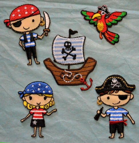 Children/'s Embroidered Motifs Iron//sew On Patch Embroidery Pirate Ship Parrot