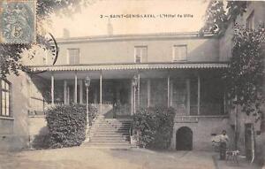 CPA 69 SAINT GENIS LAVAL HOTEL DE VILLE