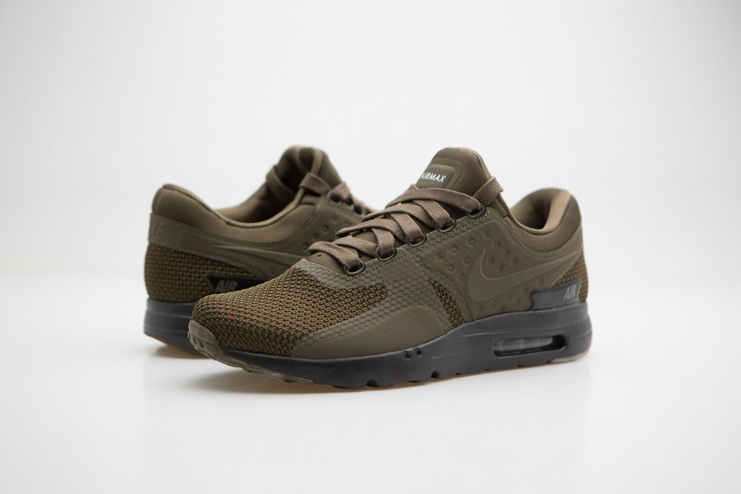 881982-300 Nike Men Air Max Zero Premium Dark Loden Black
