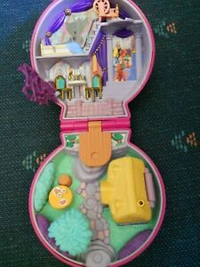 Vintage-Polly-Pocket-Sleeping-Beauty-Compact-No-Dolls