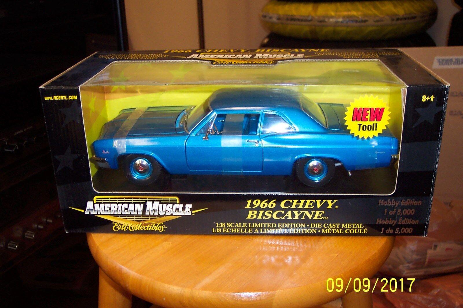 1 18 die cast Ertl 1966 Chevrolet Biscayne 427 4 velocidades luz blu L. E.