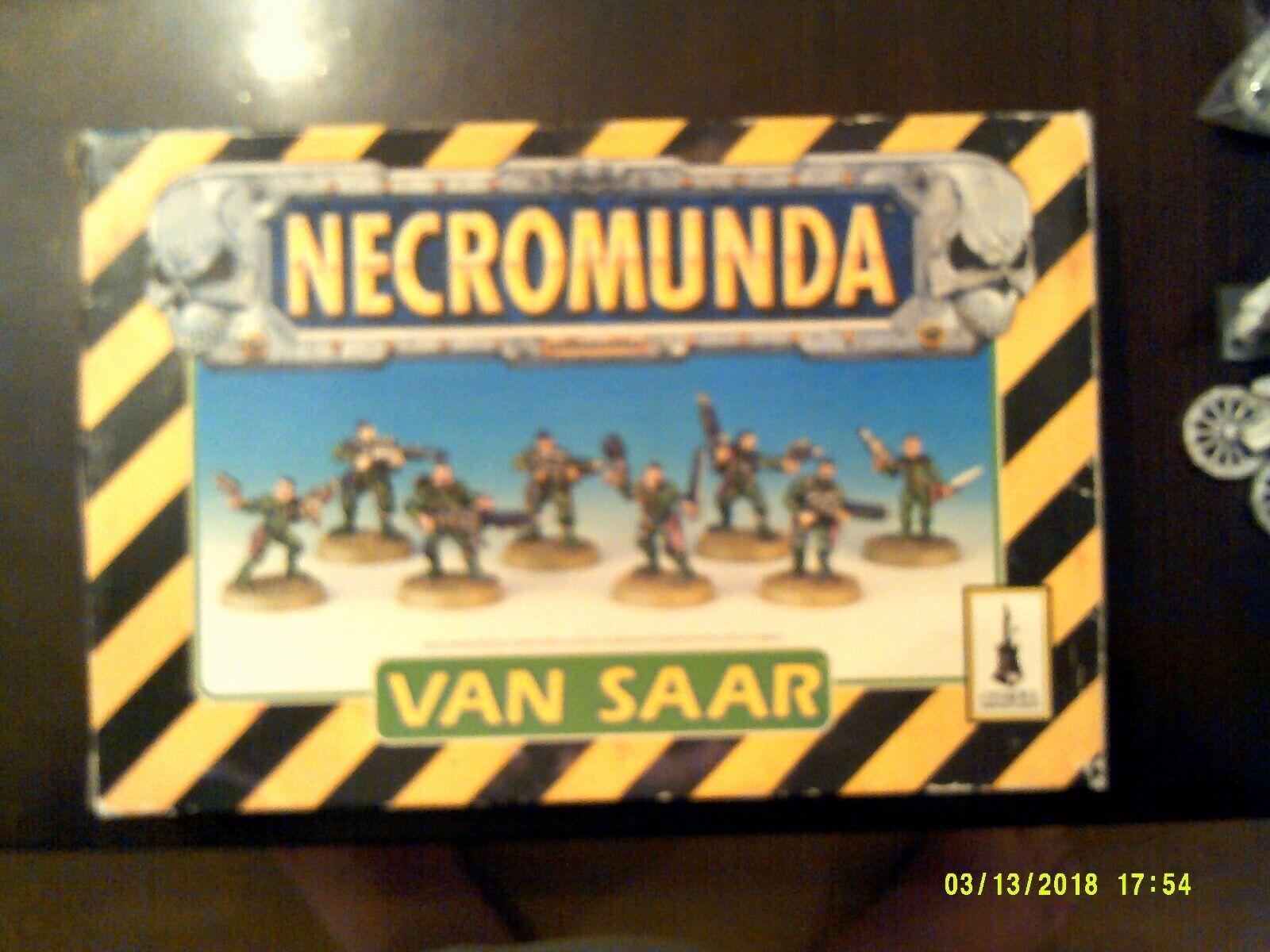 Games Workshop GW Necromunda van saar Gang 40k