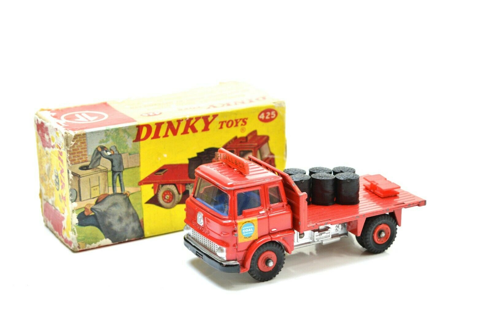Dinky 425 Bedford  TK Coal WAGON  Hall & Co   économiser jusqu'à 50%