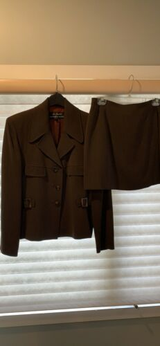 Alex Garfield Suit