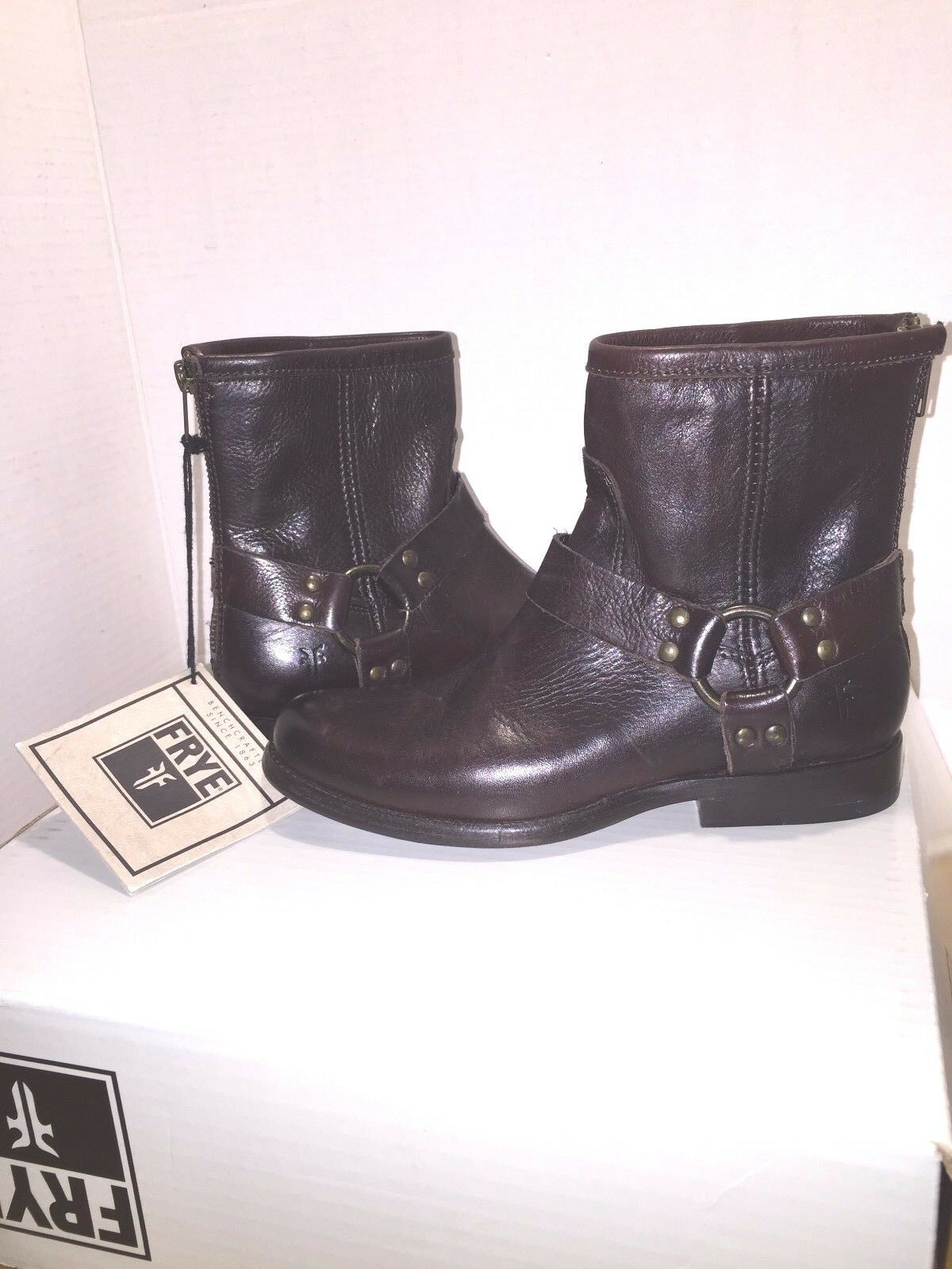 Frye Women's Phillip Harness Brown Leather Ankle Boots 76872 size 5.5