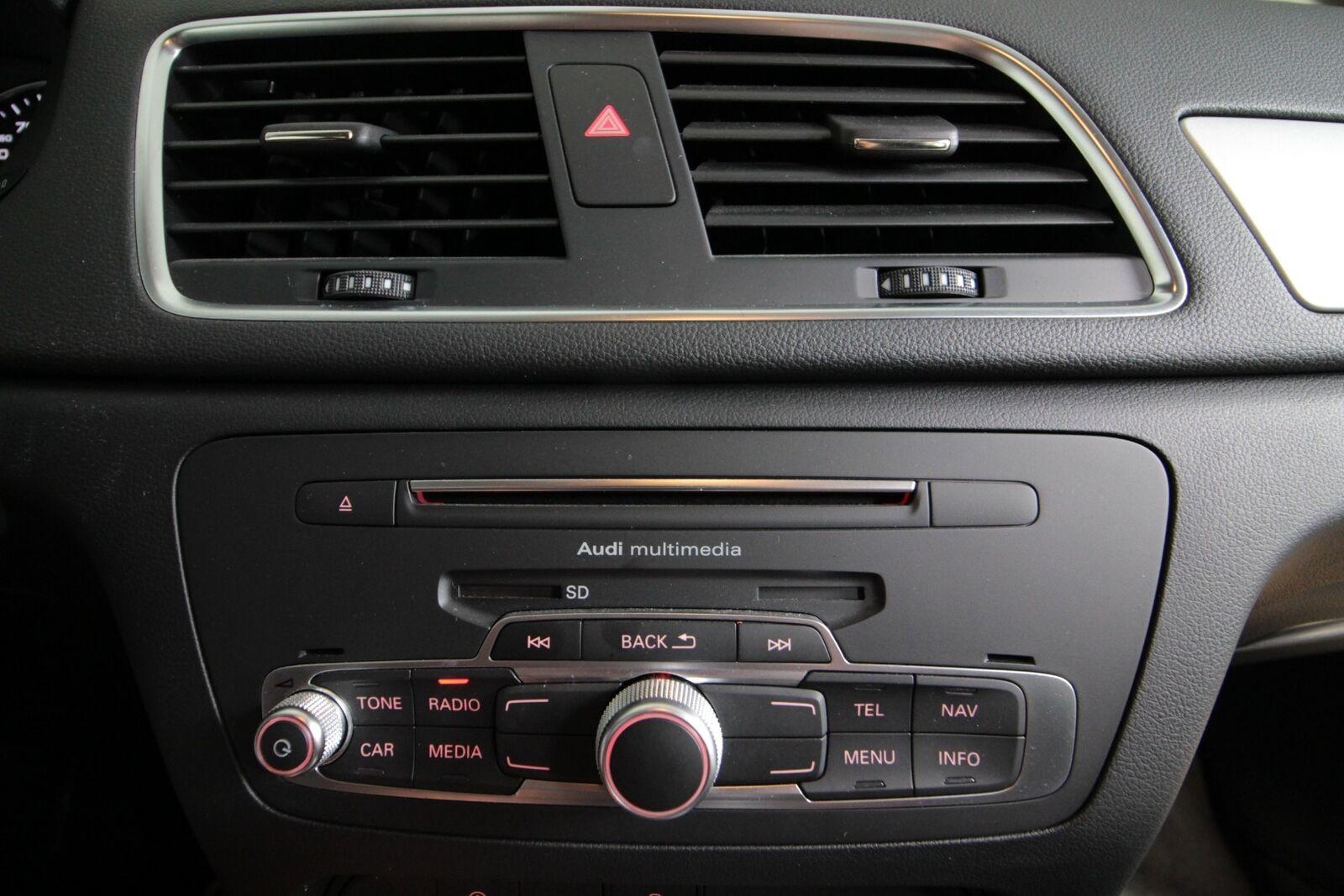 Audi Q3 TDi 150 S-tr.