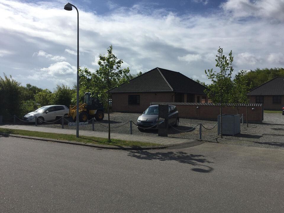 Bolig 128 m2 og erhverv 2 * 143 m2 i Horsens