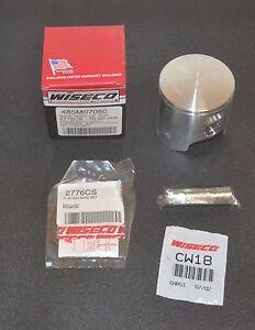 Piston Kit Standard Bore 70.00mm For 1983 Suzuki RM250~Wiseco 485M07000