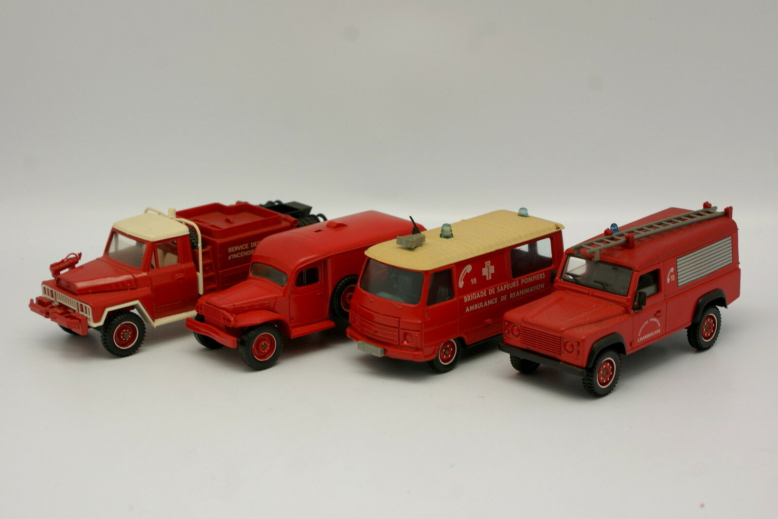 Solido 1 43 1 50 - Set of 4 Firefighters Land Rover Peugeot Dodge