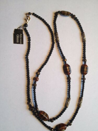 Handcrafted Artisan Necklace Crystal Glass Bead Necklace Black and Clear    D1JS19