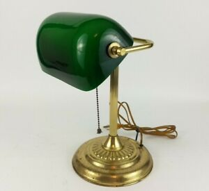 Vintage-Banker-039-s-Lamp-Brass-Emerald-Green-Glass-Shade-Desk-Lawyer-Piano