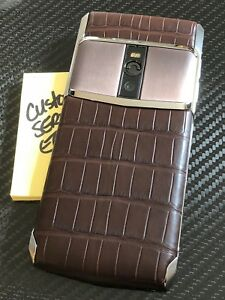 Brand-NEW-Genuine-Vertu-Signature-Touch-5-2-034-Cocoa-Alligator-Extremely-RARE