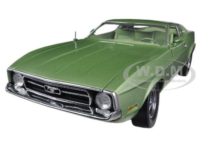 1971 Ford Mustang Sportsroof verde 1 18 Diecast coche modelo Sunstar 3620