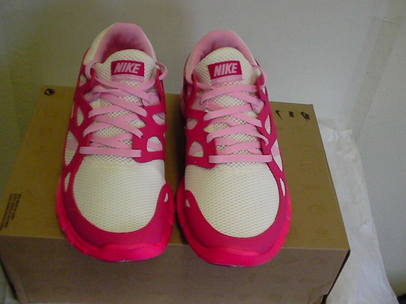 Donna Nike Free Free Free Run 2 Ext Taglia 10  A Nuove senza Scatola 3e9dc7