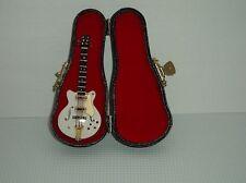 Guitarra Gibson Con Funda Rígida, Miniaturas Doll House, Instrumento Musical 1.12 Th