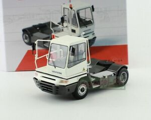 1/50 Scale model TERBERG SPECIAL VEHICLES YT 182 Diecast truck model White