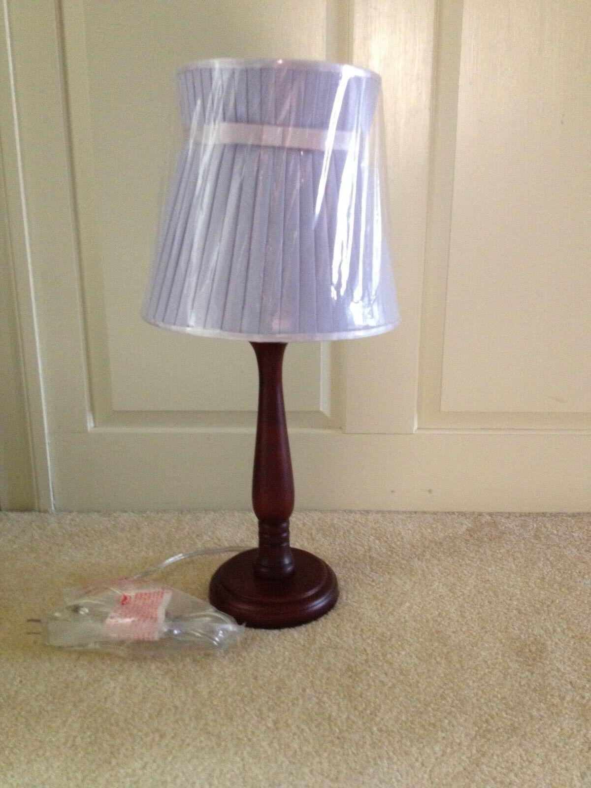 POTTERY BARN Espresso Lampe Avec Lavande plissé Bow Shade  Neuf avec étiquettes