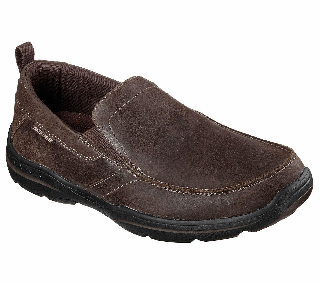 Skechers Men's Relaxed Fit  Harper Forde Leather Loafer shoes. 64858 DKBR
