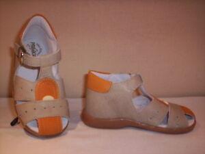 Scarpe-scarpine-sandali-Primigi-bimbo-bambino-shoes-casual-pelle-beige-nuovi-23