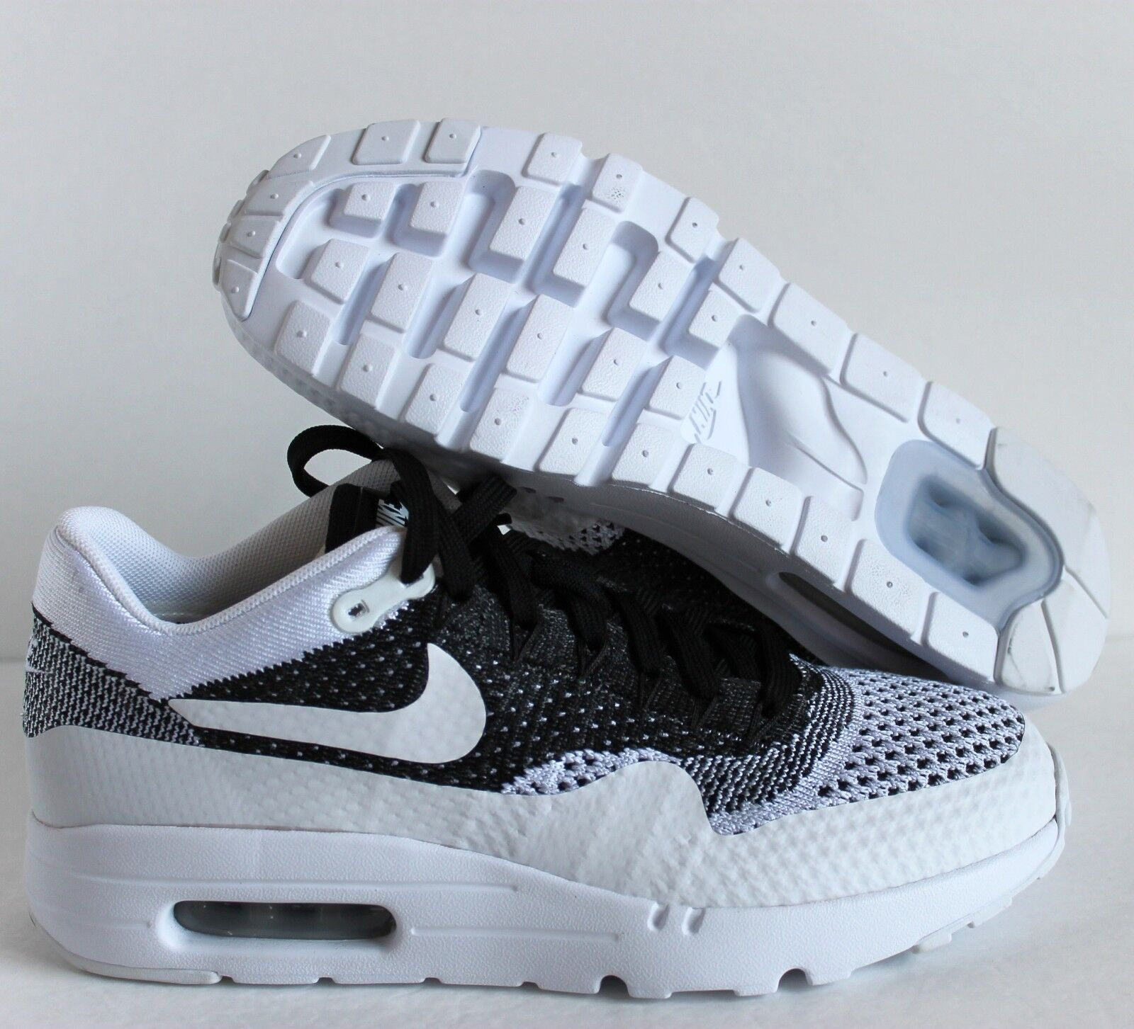 NIKE  MEN AIR MAX 1 ULTRA FLYKNIT ID  NIKE BLACK-WHITE SZ 6 [861579-994] aa9646