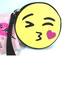 LUV-BETSEY-by-BETSEY-JOHNSON-Wristlet-Coin-Purse-Kissing-Emoji