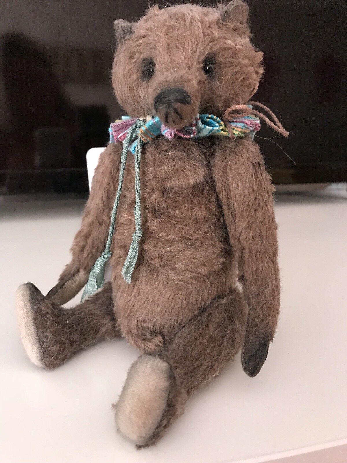 Brittania Bears Miniture Artist Bear One Of A Kind Teddy Bed