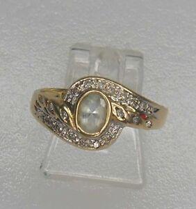 Ring-mit-Saphir-und-Diamanten-585er-Gold