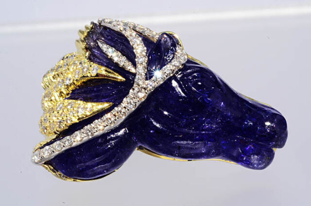 $50,000 61.27Ct Natural Carved Horse Head Tanzanite & Diamond Ring One Of A Kind