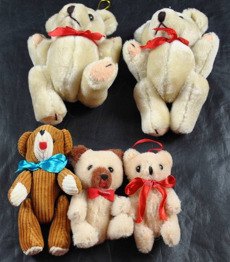 Vintage Lot Of 5 Tan Teddy Bears 4 Plush 1 Material All Moveable Arms Legs