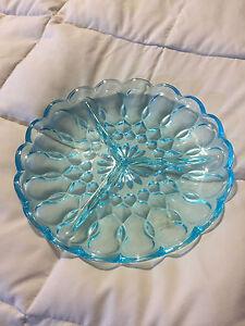 VINTAGE-AQUA-BLUE-GLASS-SCALLOP-TRIM-3-PART-DIVIDED-DISH-PLATE-PLATTER
