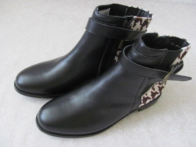 139 HAL RUBENSTEIN BLACK/PONY HAIR ANKLE BOOTS SIZE 6 1/2 W - NEU