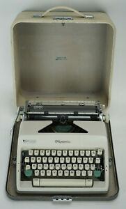 Vintage 1965 Olympia SM9 Portable Typewriter #2869519