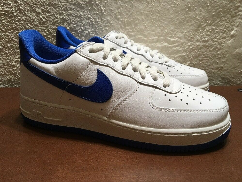 Nike Air 845053 Force 1 Low Retro 845053 Air 102 Summit blanc Game Royal Hommes Taille 8.5 NEW eb4c7d