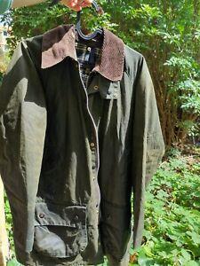 Vintage-Barbour-beaufort-wax-mens-jacket-size-C36-91cm-Green