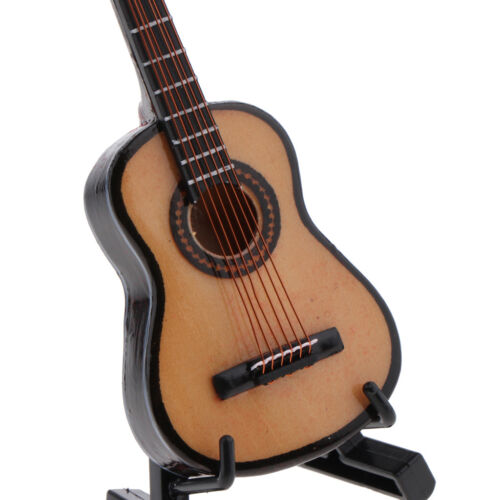 1:12 Wooden Guitar Miniature Musical Instrument Dollhouse with Carry Case