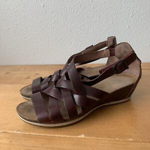 Dansko Vivian Leather Sandals Women's 37 6.5 7 Gladiator Wedge Strappy Ruby