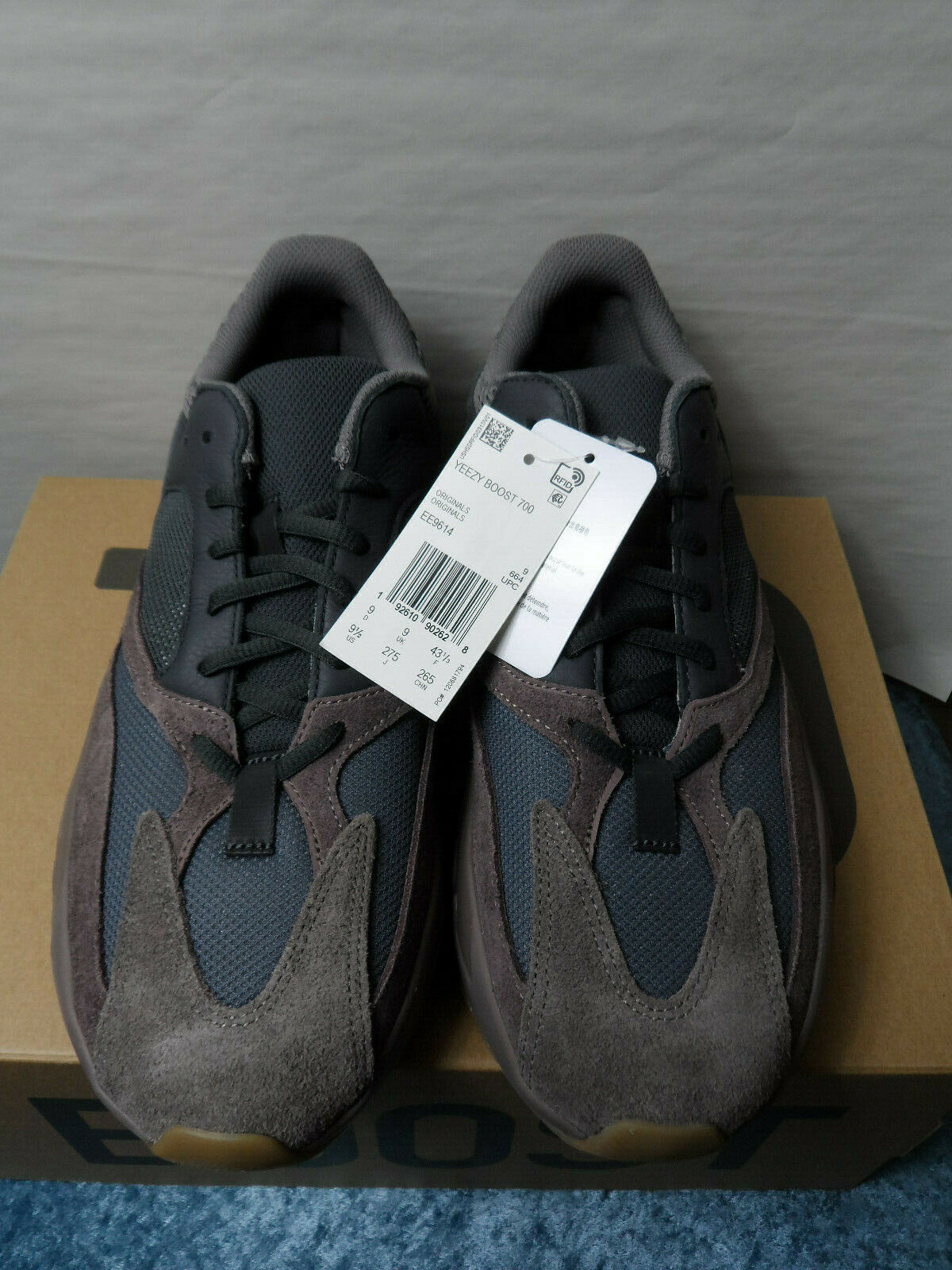 Adidas Yeezy Boost 700 - Mauve - Size 9.5 - 100% Authentic - New