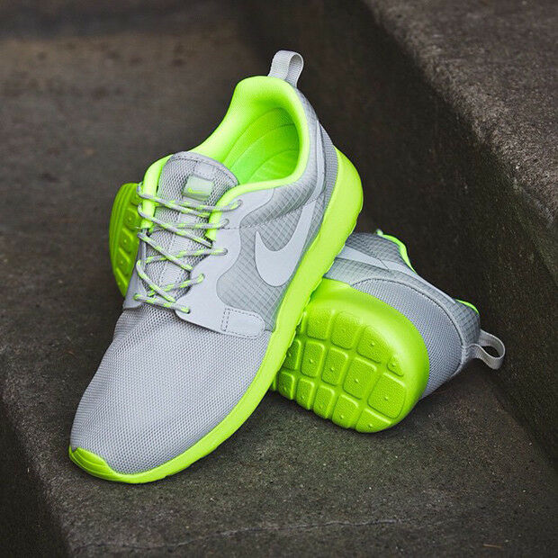 ⭐ Nike Roshe Run Gris Lime Taille 4 Femme One Girls Running Free Gym Trainer 90