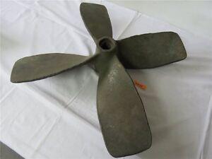 Alte-Schiffsschraube-aus-Bronze-Messing-Schiffspropeller-63-5-cm-ca-23-kg