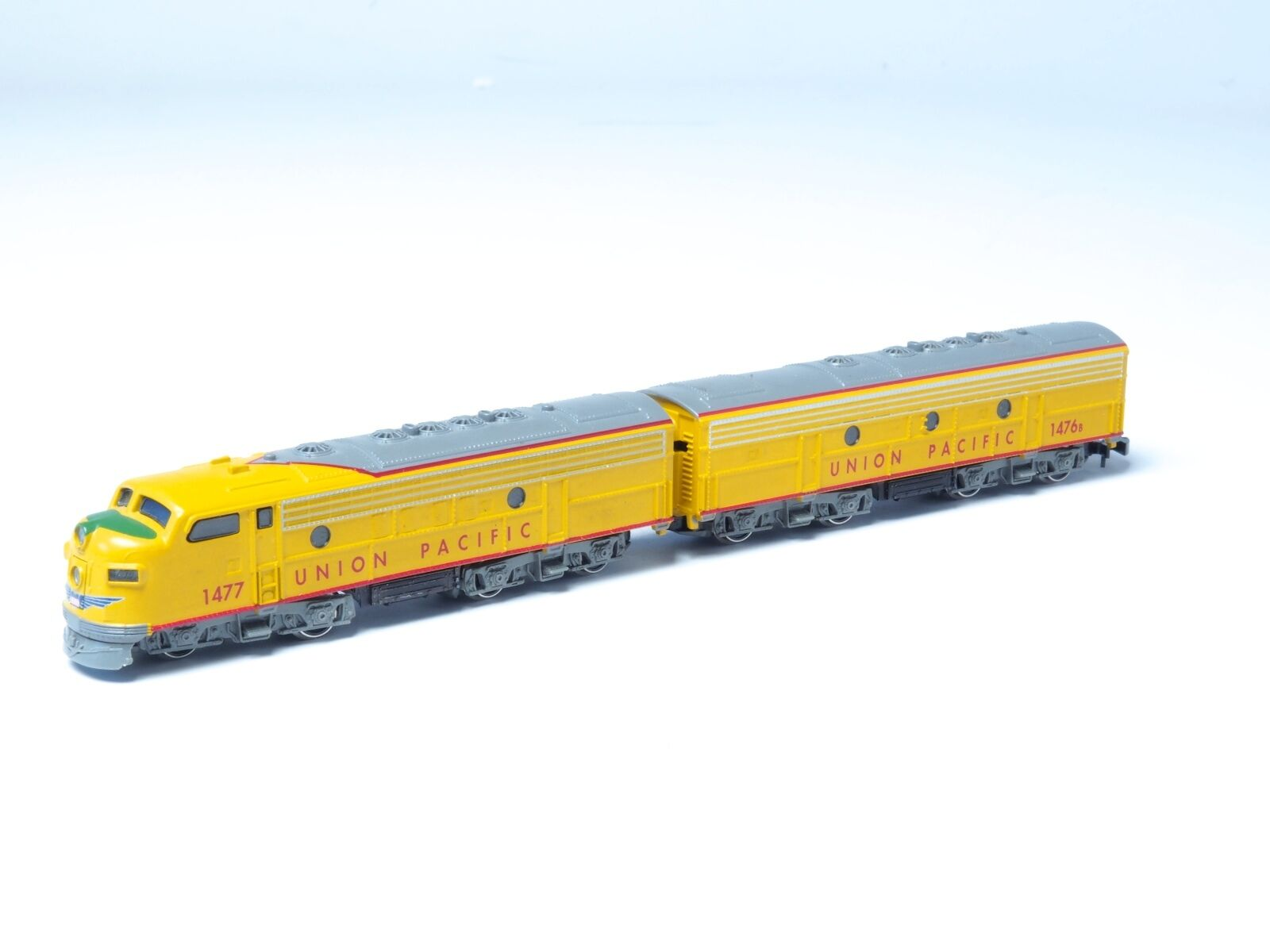 Marklin Z-scale EMD F7  A-B Union Pacific UP with upgraded 5 Pole motor