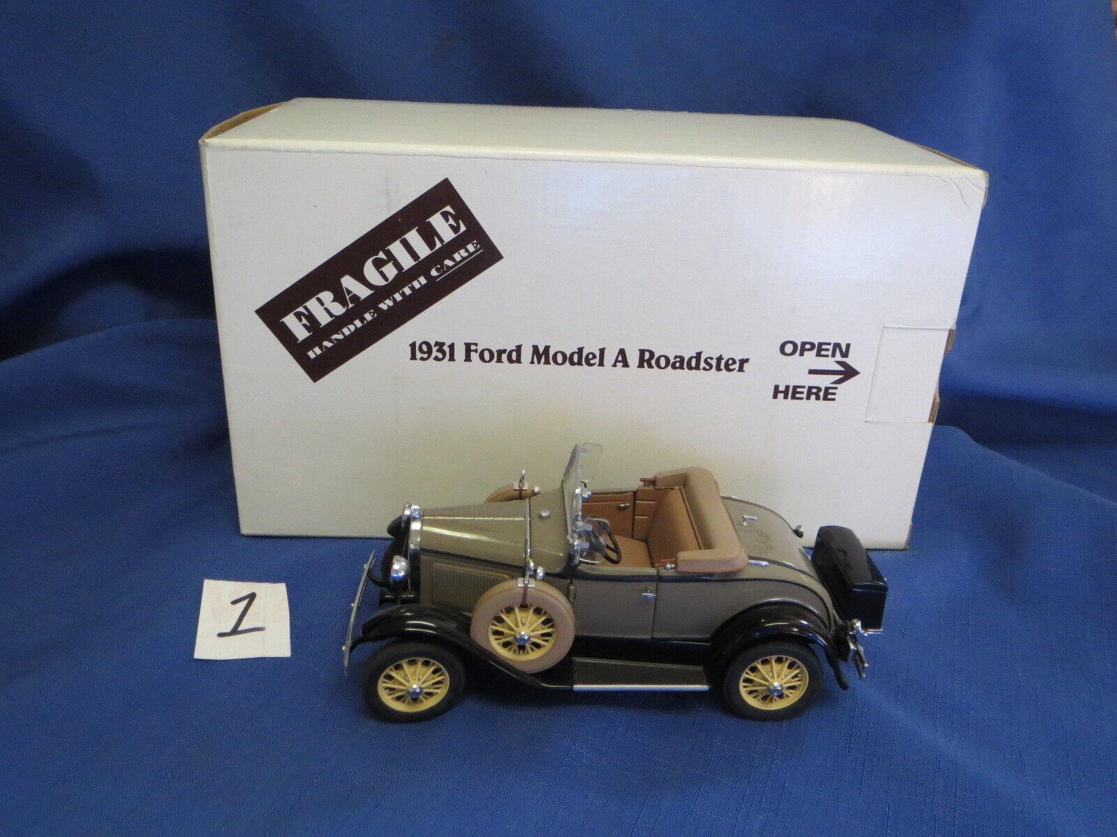 Danbury Mint Marrón 1931 Ford un lujoso Roadster Caja Original & title 1 24