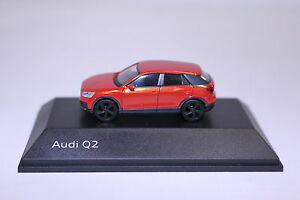 Audi-Q2-Naranja-Coral-1-87-Fabricante-Herpa-5011602622