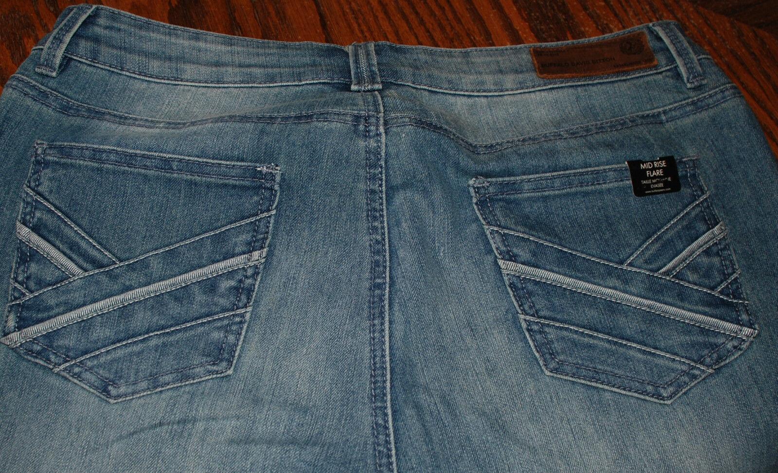 Size 32 x 33 NWT  Buffalo David Bitton Gallia Flare Jeans