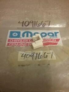 4091667-Mopar-Brush-Holder