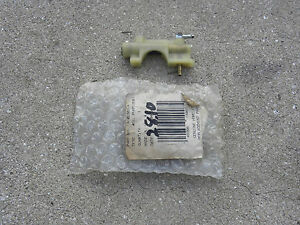 Partslist also T13296000 Carburetor govenor linkage 31g777 briggs also Power take off additionally MCarbHollB150 0008 together with Losing Fuel Prime Overight 82015. on fuel pump spring