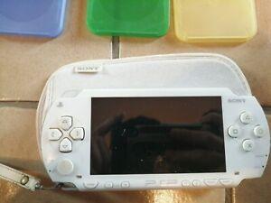 Sony PSP 1004 kcw blanche + 7 jeux- Occasion
