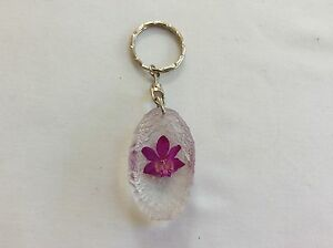 KEY-RING-HAND-MADE-WITH-REAL-ORCHID