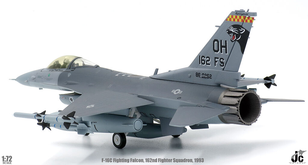 JCW72F16003 1 72 F16C Fighting Falcon 162ND Fighter Sqn opération Southern watch