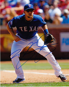 BRANDON SNYDER  TEXAS RANGERS    ACTION SIGNED 8x10